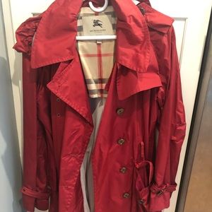 Burberry trench size 10